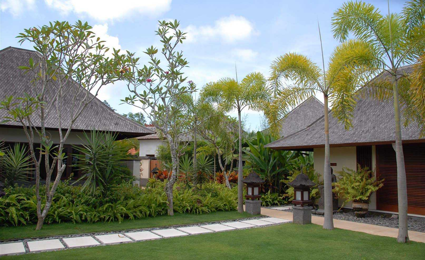 Agung Budi Raharsa | Architecture & Engineering Villa Indah Manis - Bali Bali, Indonesia Pecatu, Bali Bedroom Units   12412