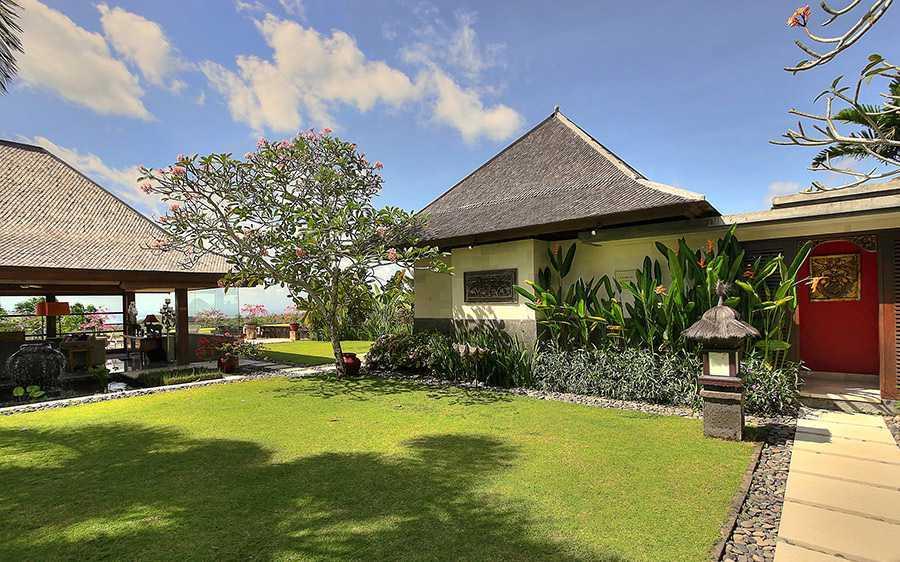 Agung Budi Raharsa Villa Indah Manis - Bali Pecatu, Bali Pecatu, Bali Indah-Manis-Garden-Lamps   12414