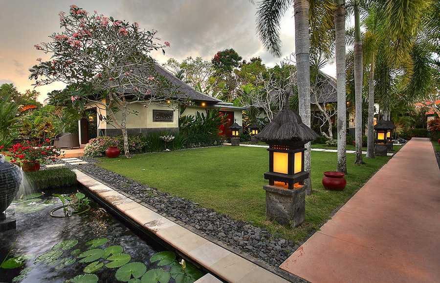 Agung Budi Raharsa Villa Indah Manis - Bali Pecatu, Bali Pecatu, Bali Indah-Manis-Lawn-At-Sunset   12416