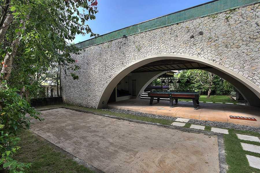 Agung Budi Raharsa | Architecture & Engineering Villa Indah Manis - Bali Bali, Indonesia Pecatu, Bali Indah-Manis-Snooker-Table-Under-Pool   12426
