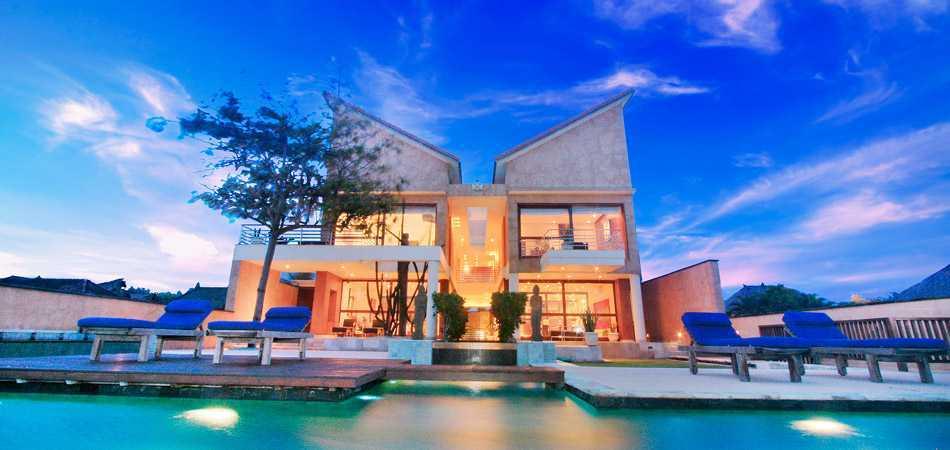 Agung Budi Raharsa | Architecture & Engineering Shark House - Bali Bali, Indonesia Ketewel, Bali Front View   12444