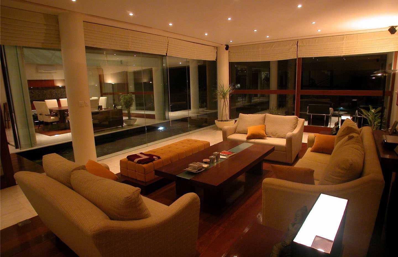 Agung Budi Raharsa | Architecture & Engineering Shark House - Bali Bali, Indonesia Ketewel, Bali Living Room   12459
