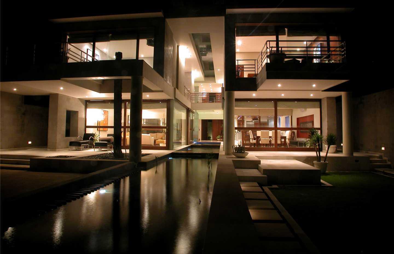 Agung Budi Raharsa | Architecture & Engineering Shark House - Bali Bali, Indonesia Ketewel, Bali Night  View   12480