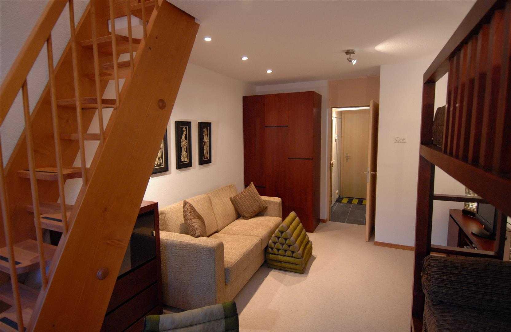 Agung Budi Raharsa | Architecture & Engineering Lenk Hotel - Switzerland Switzerland Switzerland Bedroom-4 Minimalis  12771