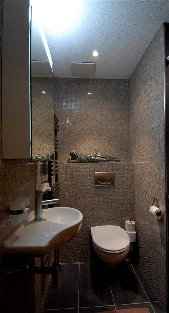 Agung Budi Raharsa | Architecture & Engineering Lenk Hotel - Switzerland Switzerland Switzerland Bathroom-2 Minimalis  12779