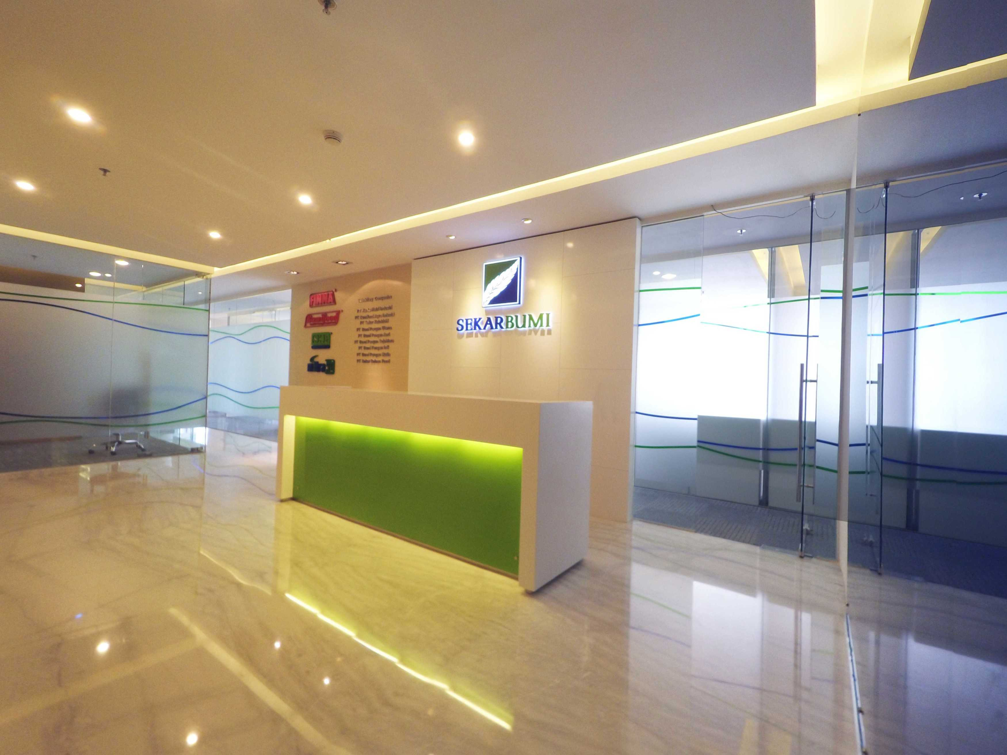 Arkadia Works Sekar Bumi Office Renovation Plaza Asia 21St Floor Plaza Asia 21St Floor Receptionist   14071