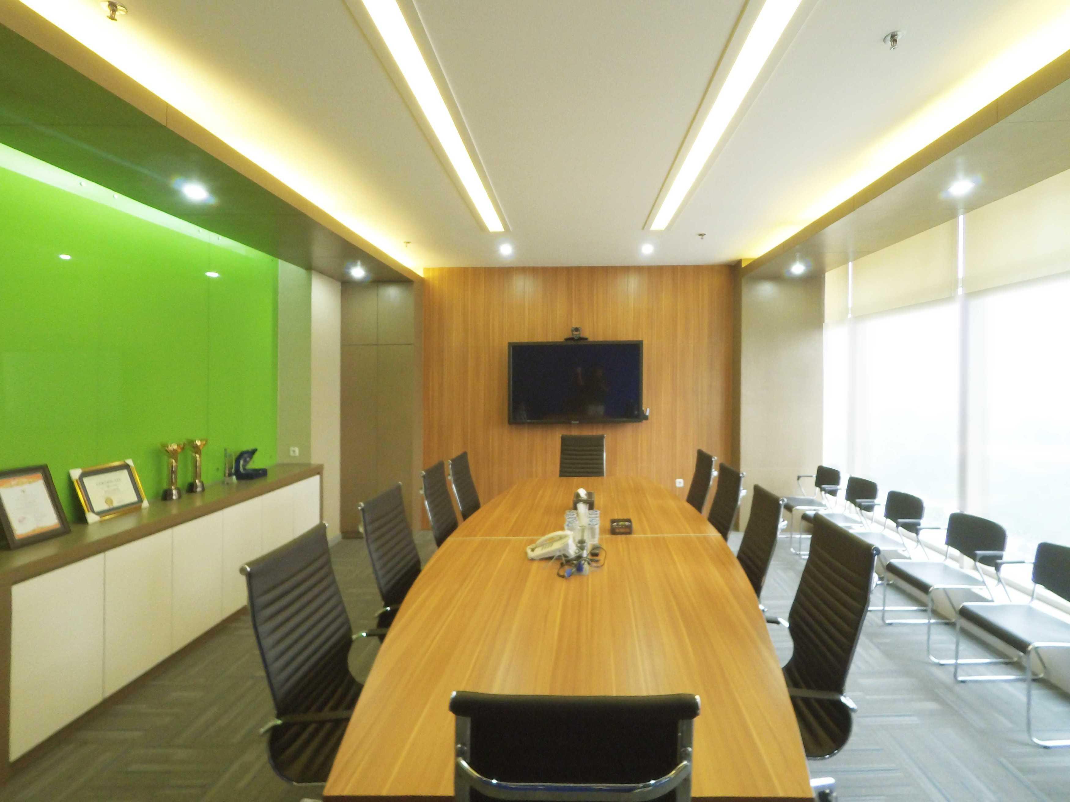 Arkadia Works Sekar Bumi Office Renovation Plaza Asia 21St Floor Plaza Asia 21St Floor Meeting Room   14073