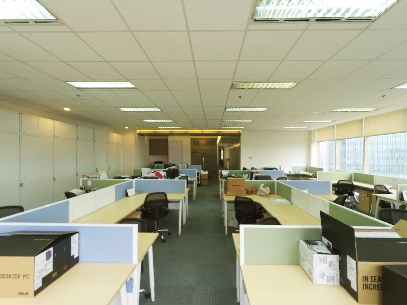 Arkadia Works Sekar Bumi Office Renovation Plaza Asia 21St Floor Plaza Asia 21St Floor Staff Area   14080