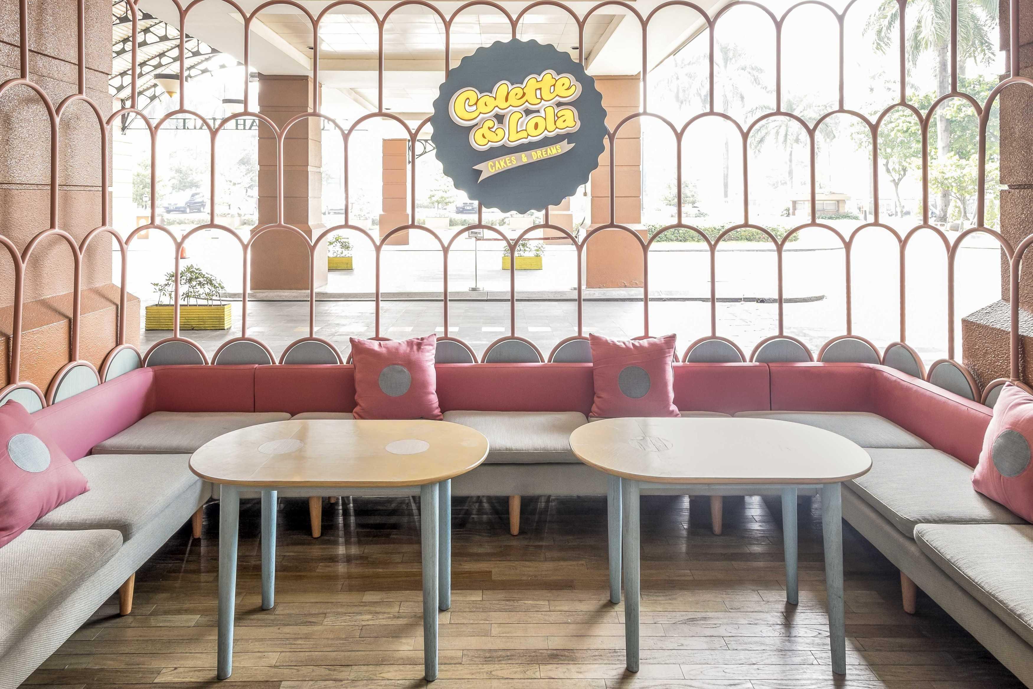 Alvin Tjitrowirjo, Alvint Studio Colette Lola Puri Indah  Puri Indah Mall, Jakarta  Puri Indah Mall, Jakarta  Seating Area Restaurant Modern  15627
