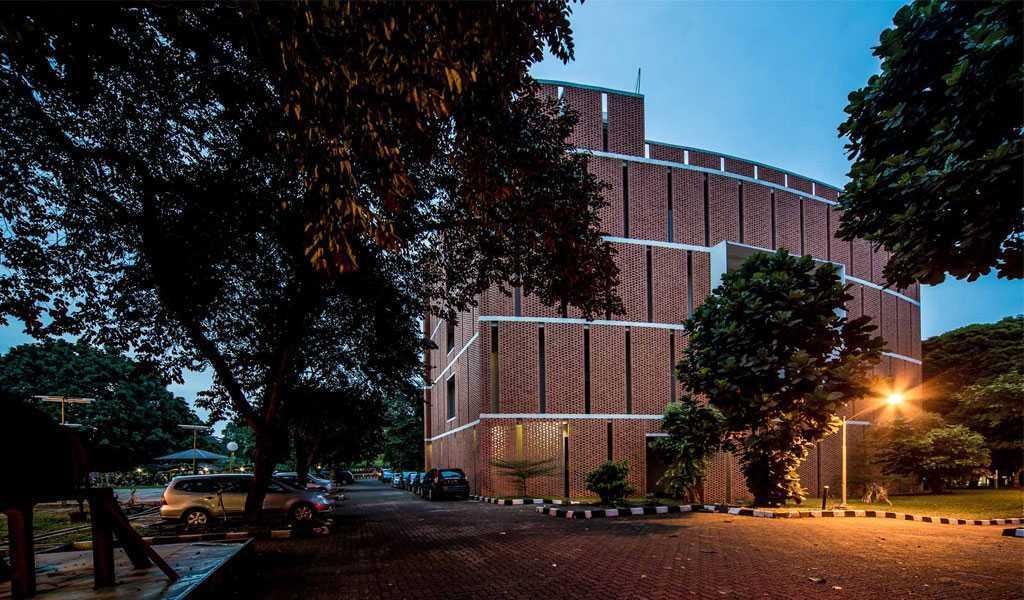 Han Awal & Partners Gedung Quantum Elektro Ui Universitas Indoesia  Universitas Indoesia  Building   15267