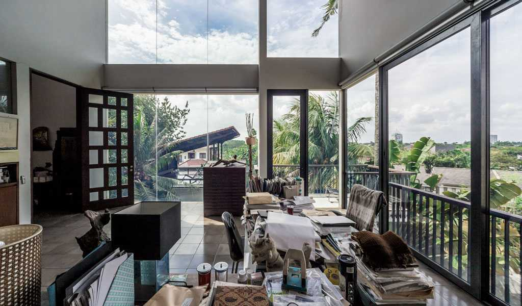 Han Awal & Partners Home Sweet Office Bintaro Bintaro Workspace Tropical  15270