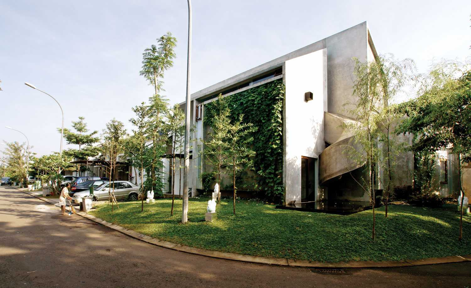 Aboday Architect Playhouse Tangerang, Indonesia Tangerang, Indonesia Side View Contemporary  15398