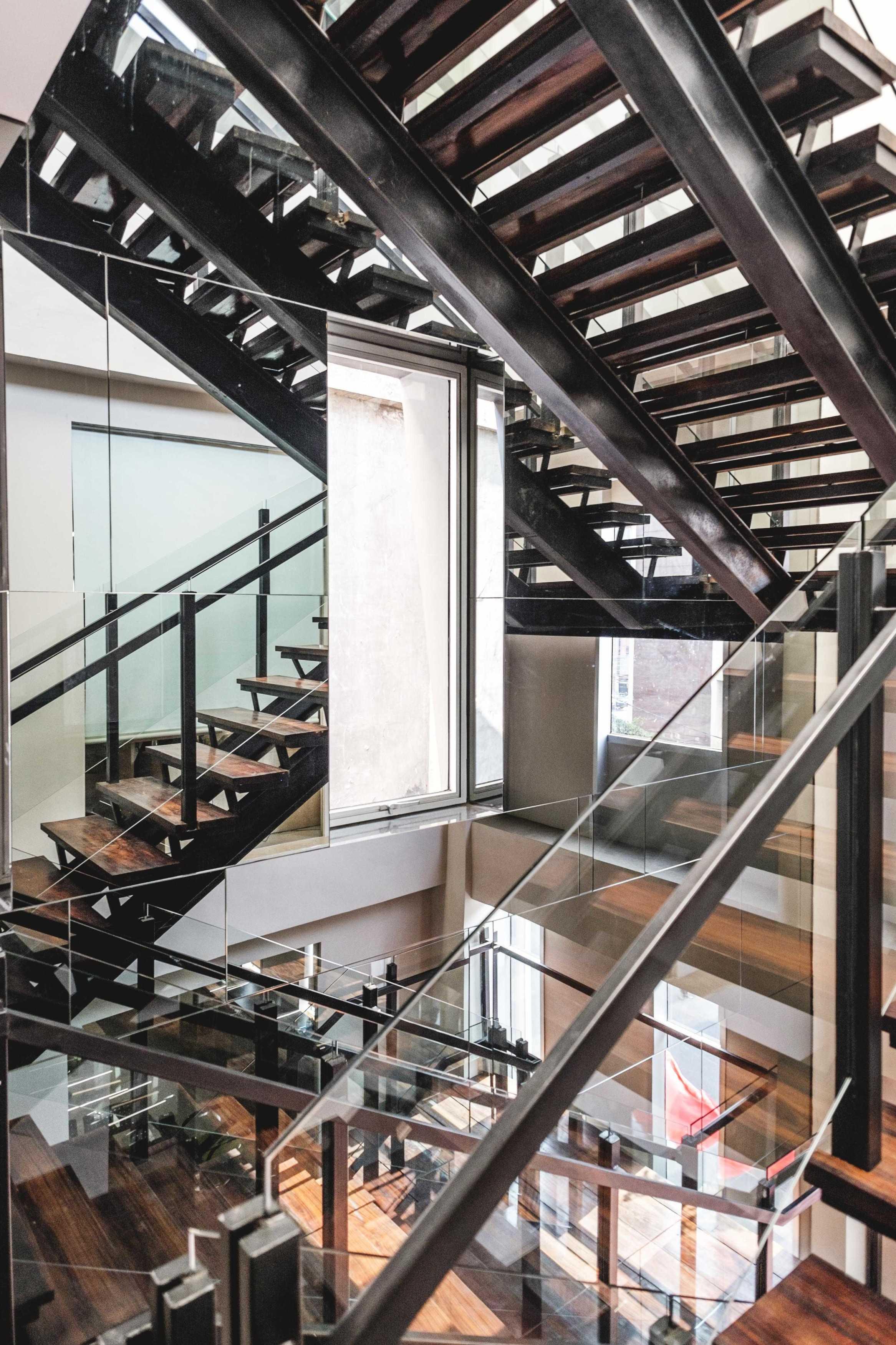Vin•da•te Cv. Berkah - Office Project Jakarta-Indonesia Jakarta-Indonesia Stairs Kontemporer  17358