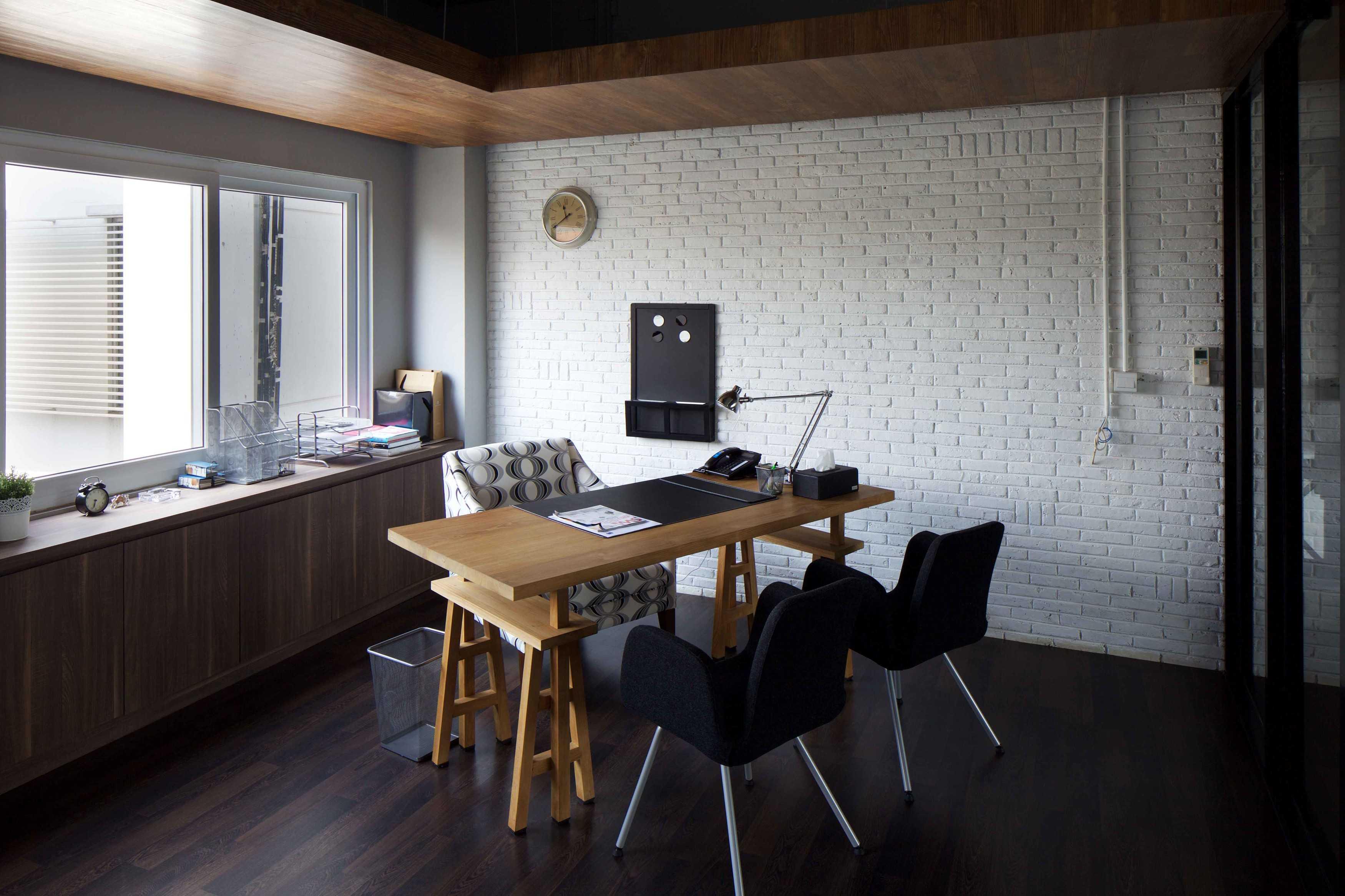 Vin•da•te Spektra Solusindo Bsd - Tangerang Bsd - Tangerang Office Room Industrial  17464