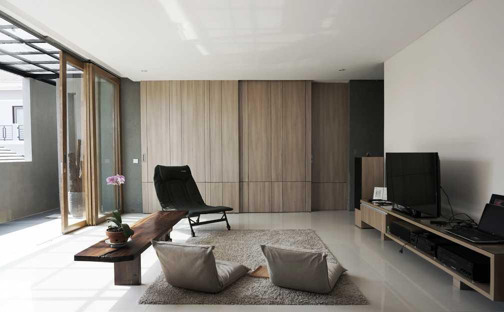 Eben The Mighty Mini - Conformable Minimax House Bandung Bandung Livingroom   16113