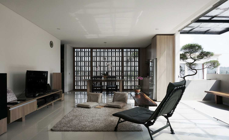 Eben The Mighty Mini - Conformable Minimax House Bandung Bandung Livingroom   16114