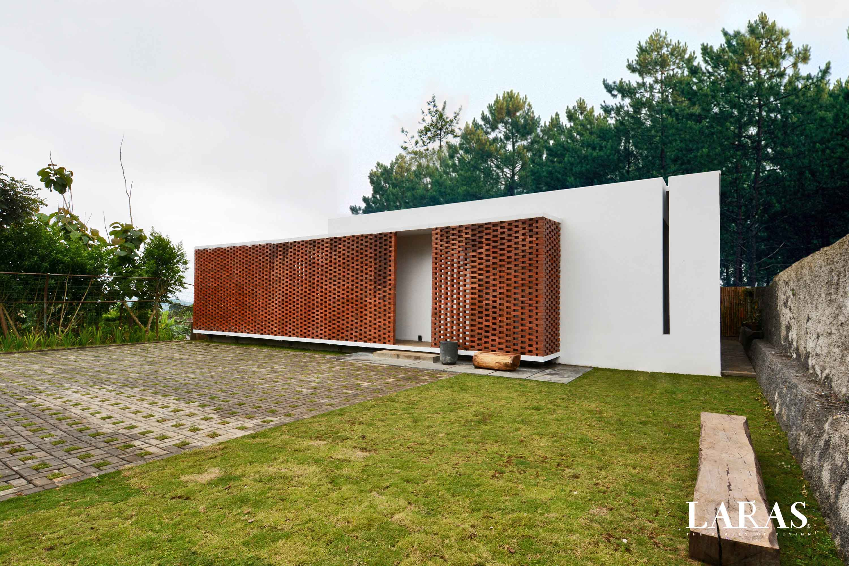 Eben White Perforated Brick House Bandung Bandung Exterior View Modern,tropis  29650