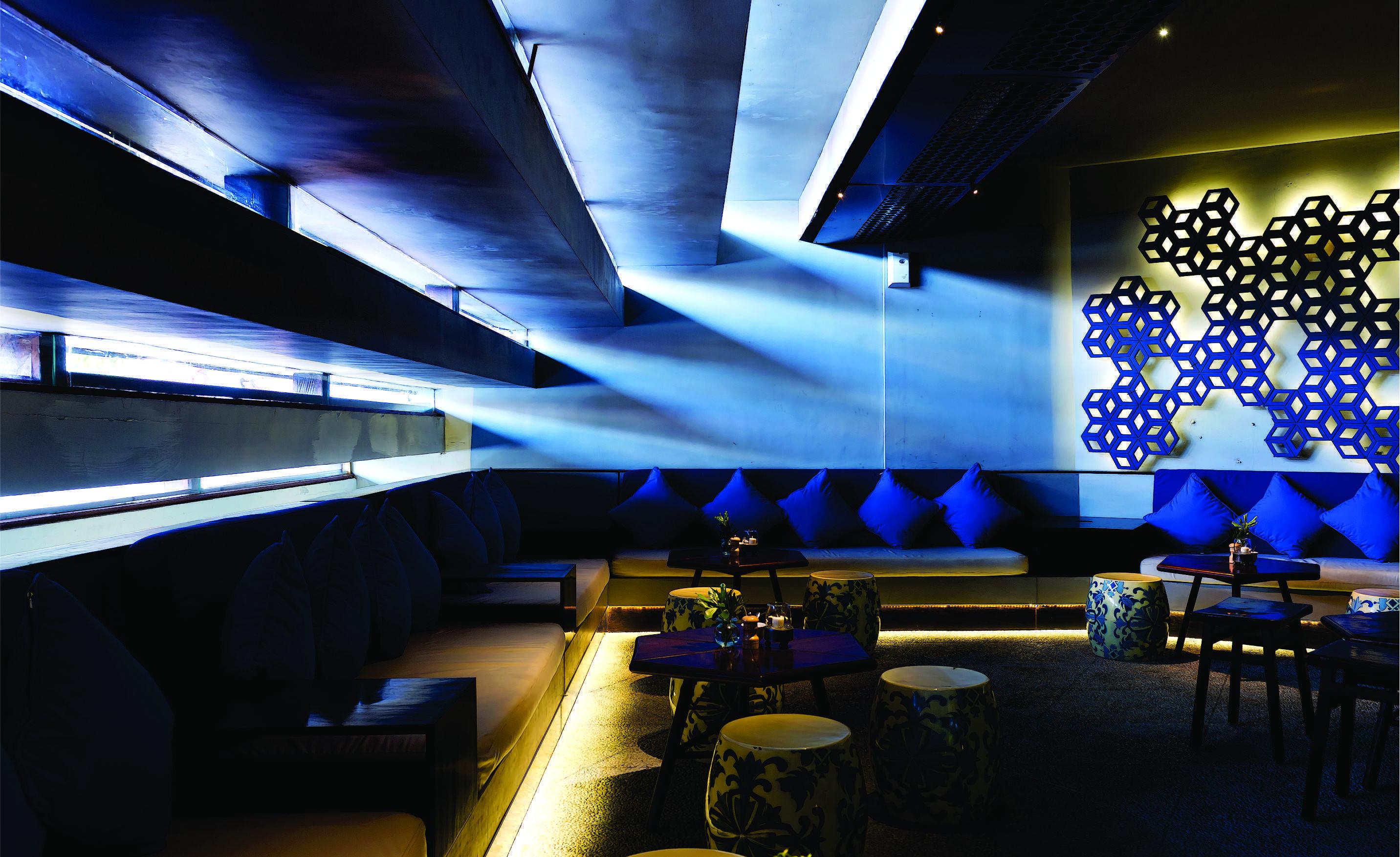 Mint-Ds Char Char Bar And Grill Jl. Kayu Aya, Seminyak, Bali Jl. Kayu Aya, Seminyak, Bali Bar Lounge   16169