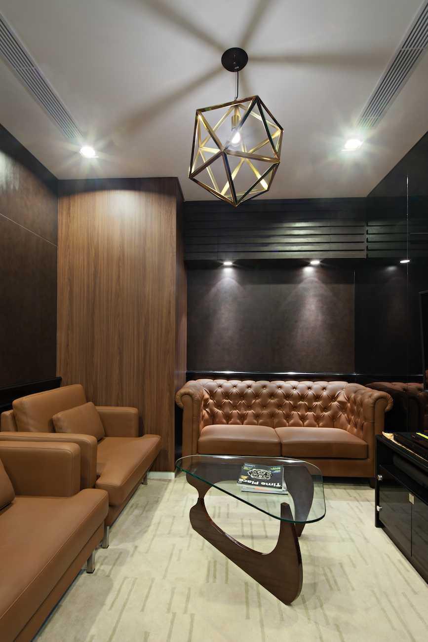 Pt Asa Adiguna Hanis & Hanis Advocate Sarinah Building Sarinah Building Seating Area Minimalis  24579