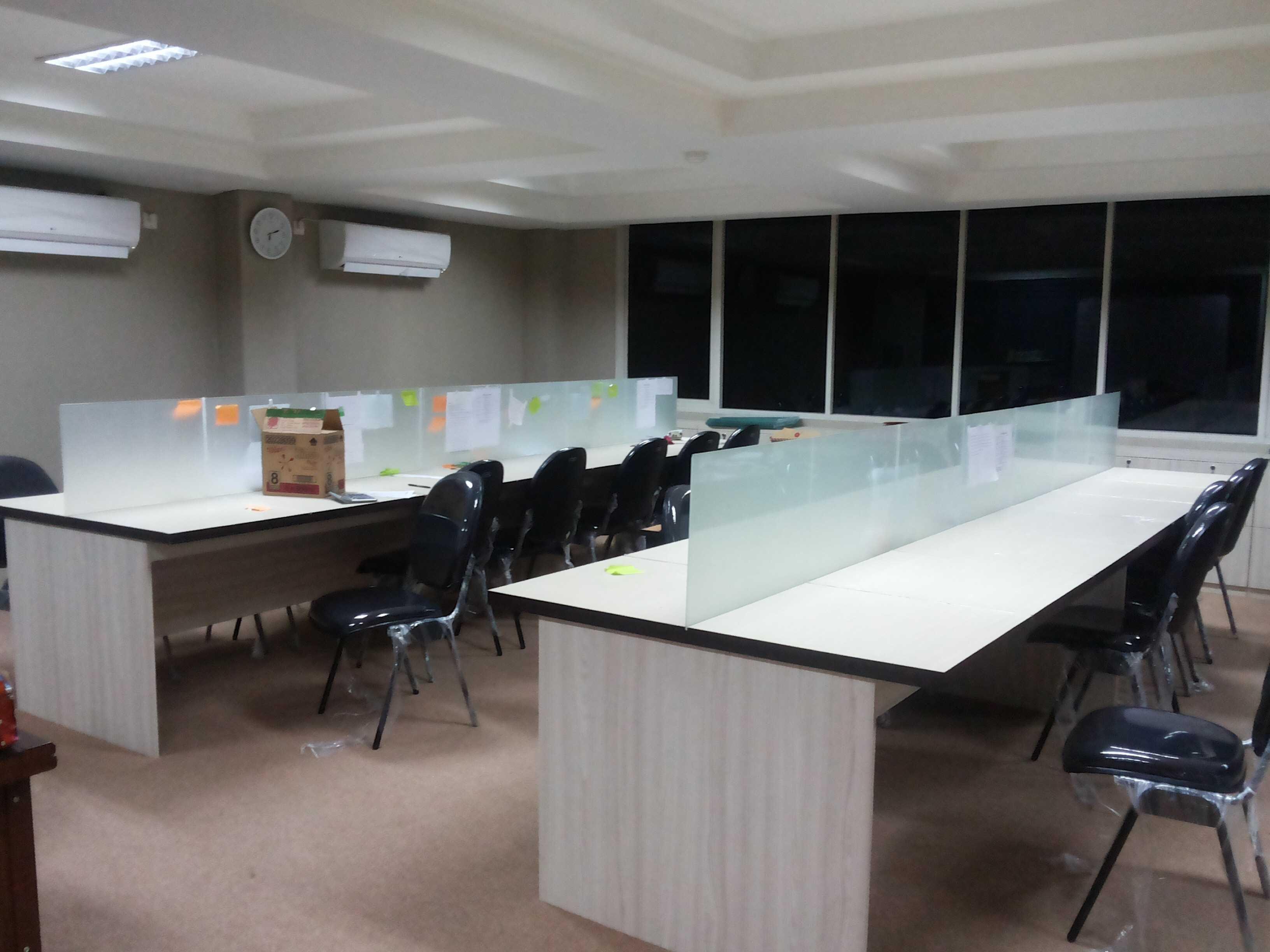 Arliocta Anggaravony Office Telemarketing Depok City, West Java, Indonesia Jln Kelapa Molek 2 Blok Fa 4 No16, Klp. Dua, Tangerang, Banten 15810, Indonesia Img5410 Modern  34365