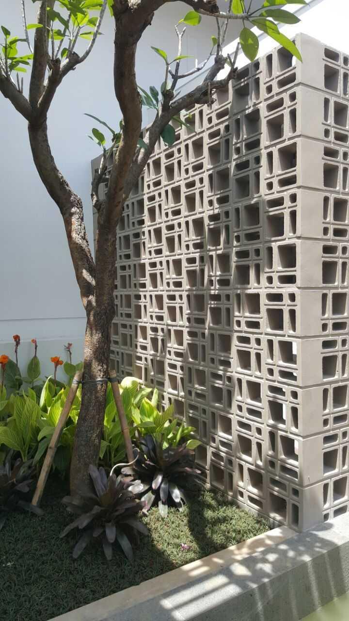 Psa Studio Villa Cimelati Sukabumi, West Java, Indonesia Sukabumi, West Java, Indonesia Small-Garden Modern  16509