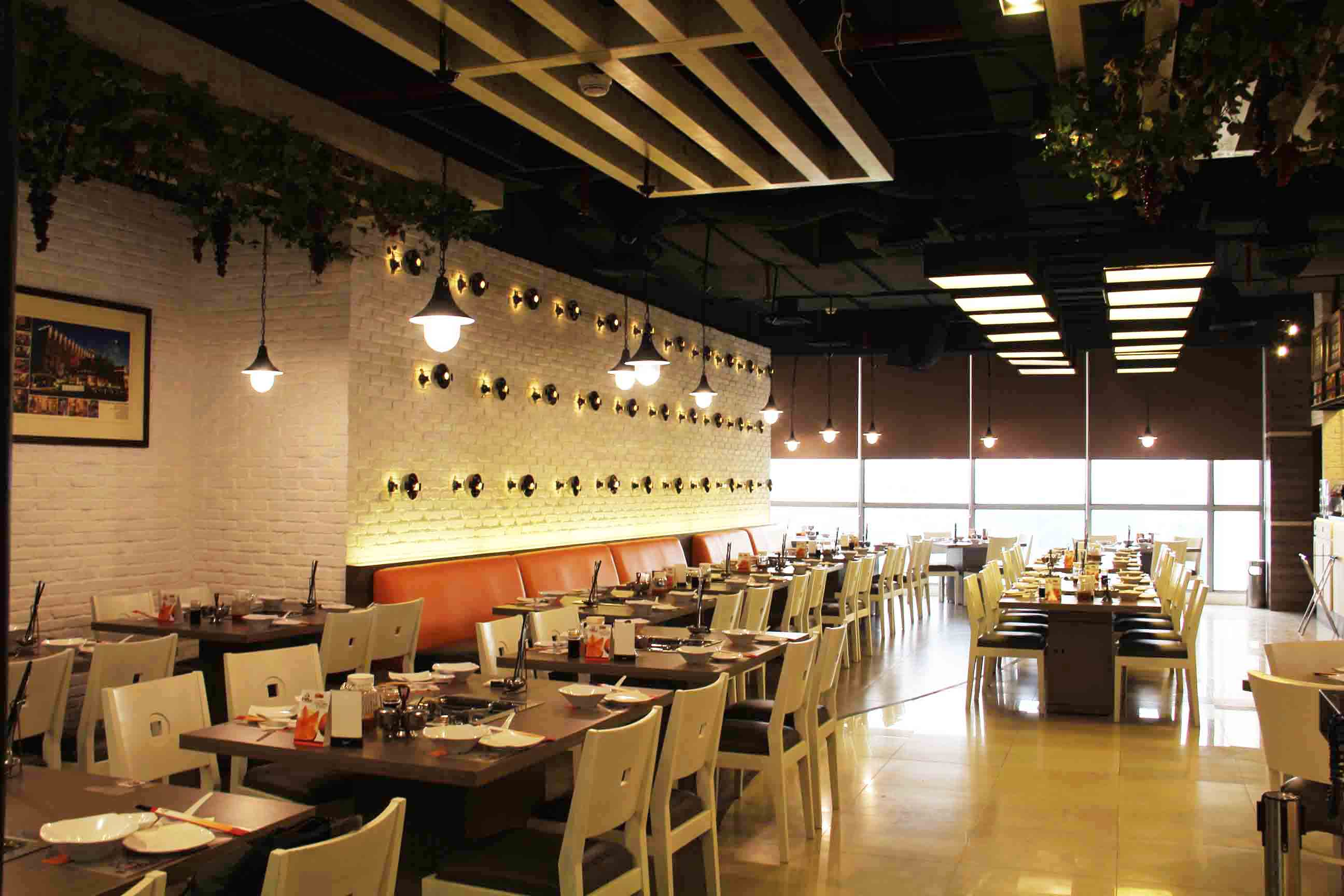Co Associates I-Ta Suki Restaurant Senayan City, Jakarta Senayan City, Jakarta Dining Area   18140