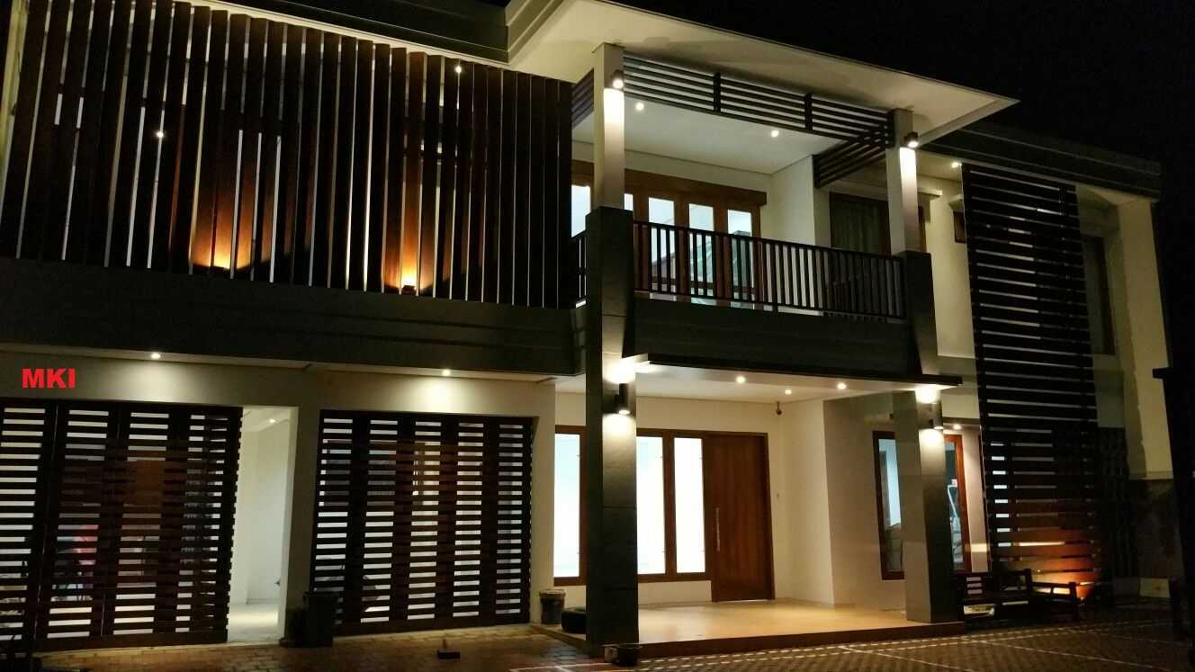 Mki Ts House Cibinong, Bogor, West Java, Indonesia Bogor Facade In The Evening   16867