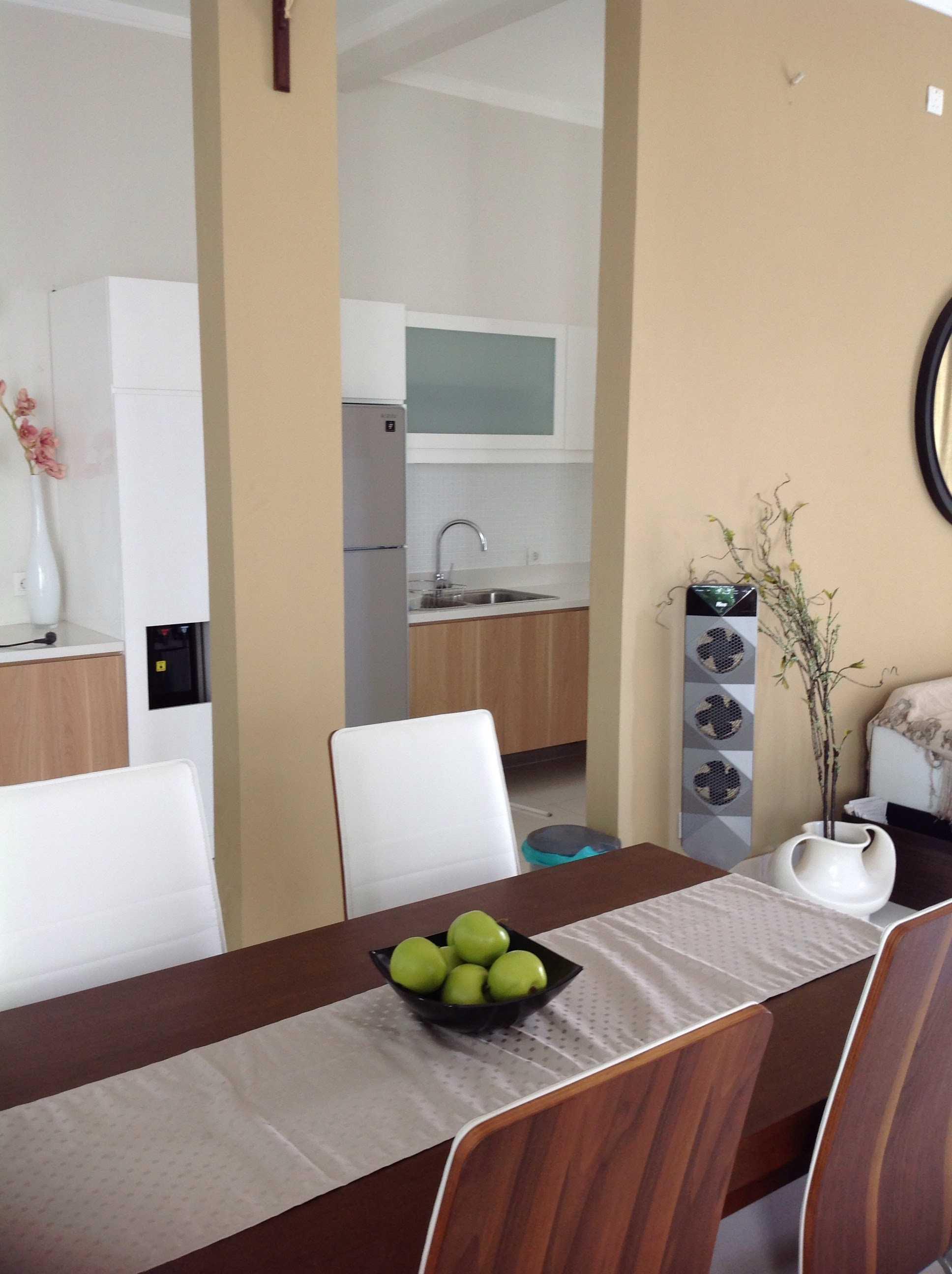 R-E Design Minimalist Residence Bintaro Bintaro Dining Room Minimalis  19501