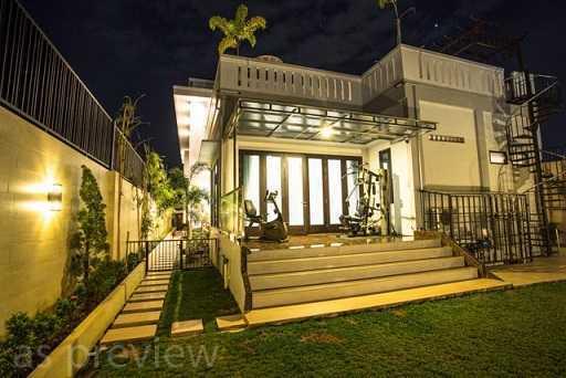 Dx Interior & Architecture Modern Luxury House Pontianak Kota, Pontianak, West Kalimantan, Indonesia Pontianak Kota, Pontianak, West Kalimantan, Indonesia Backyard-2 Modern  30795