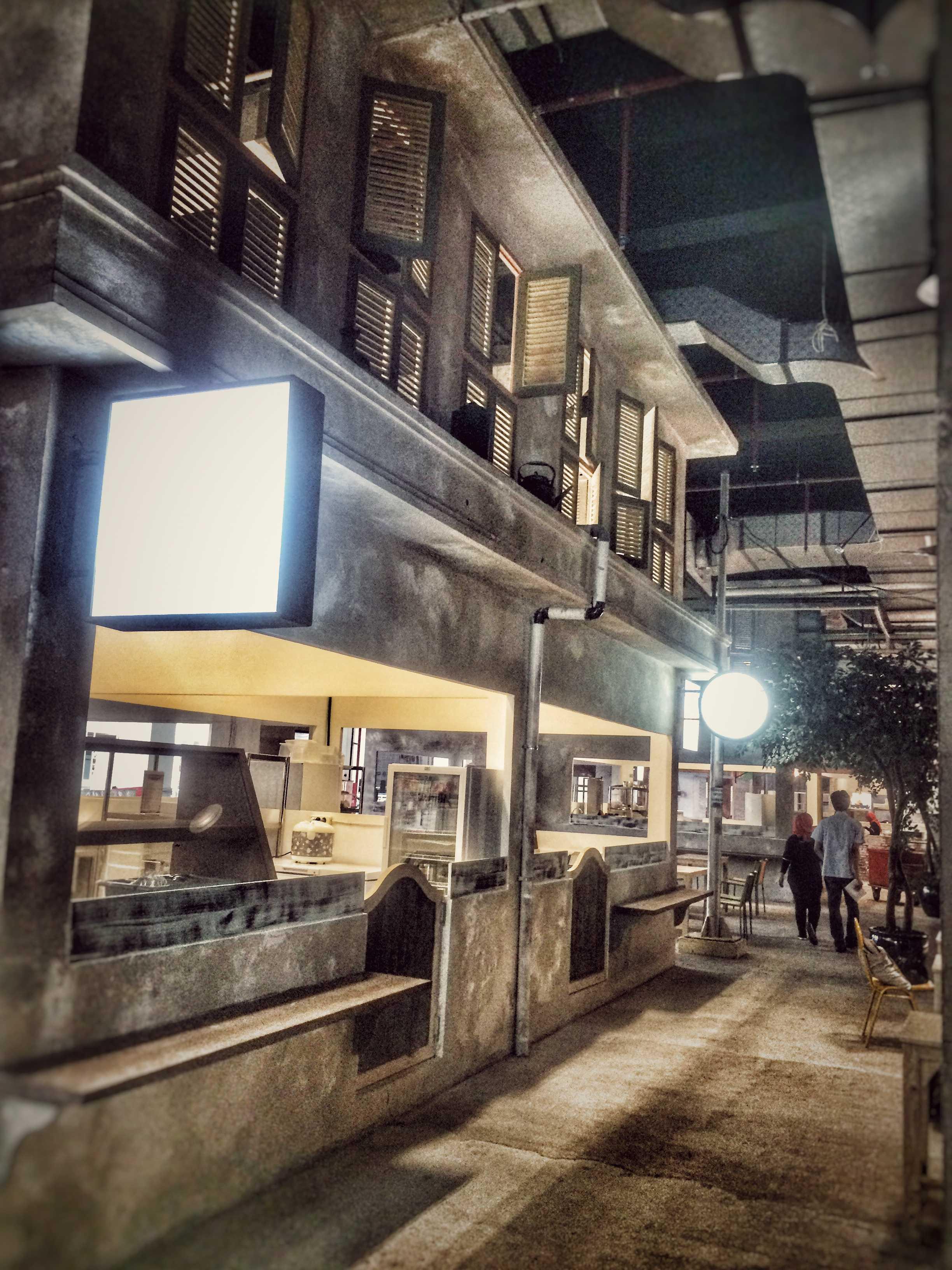 Pt. Labblu Creatif Ide Tangkiwood Foodhall Bekasi, West Java, Indonesia  Bekasi, West Java, Indonesia  Food-Court-Area   17176