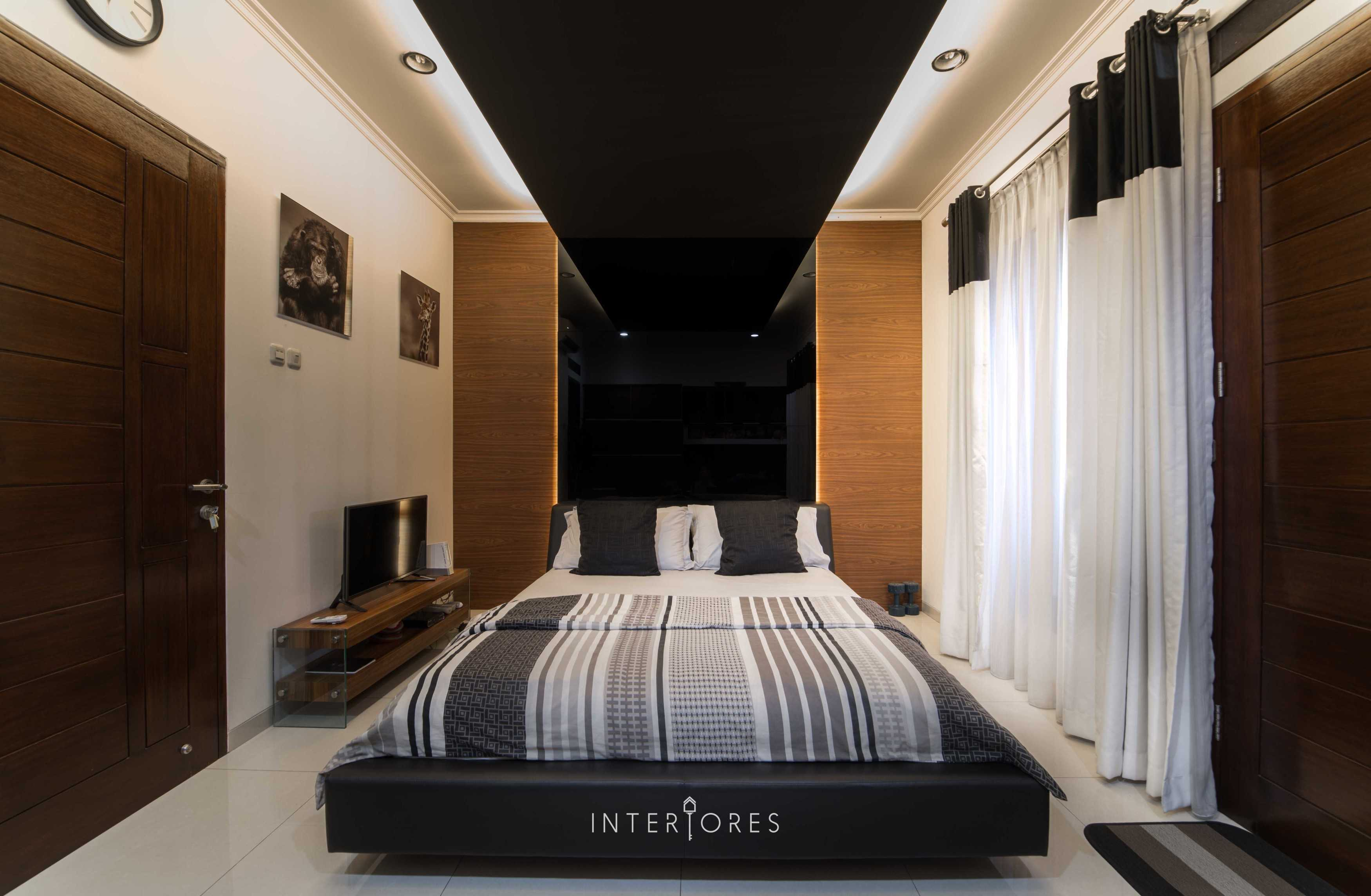 Interiores Interior Consultant & Build Greta 90 Bintaro Bintaro Bedroom Kontemporer  17667