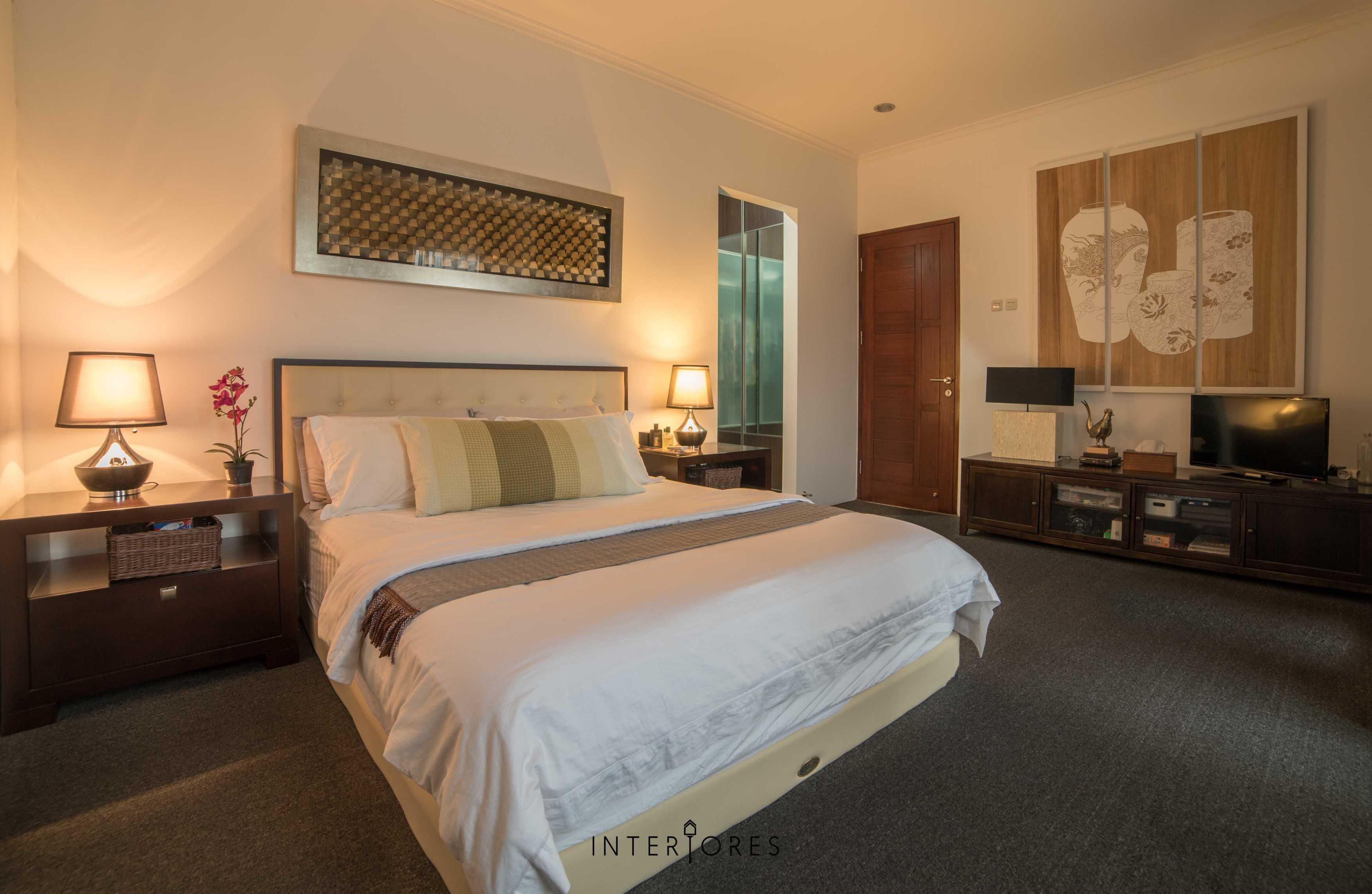 Interiores Interior Consultant & Build Greta 90 Bintaro Bintaro Bedroom Kontemporer  17679