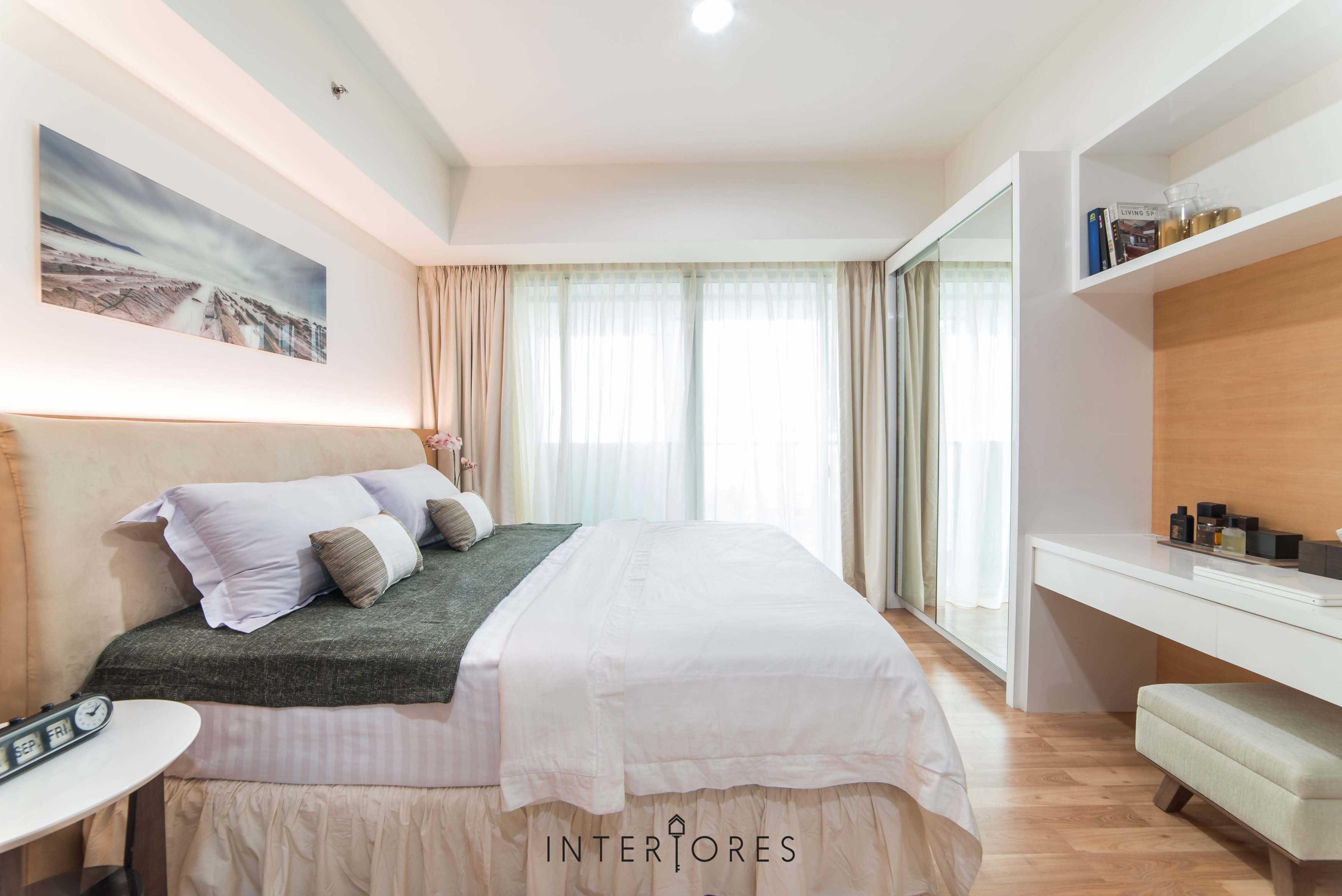 Interiores Interior Consultant & Build Studio 06C3 Kemang Village, Jakarta Selatan Kemang Village, Jakarta Selatan Bedroom Modern  17695