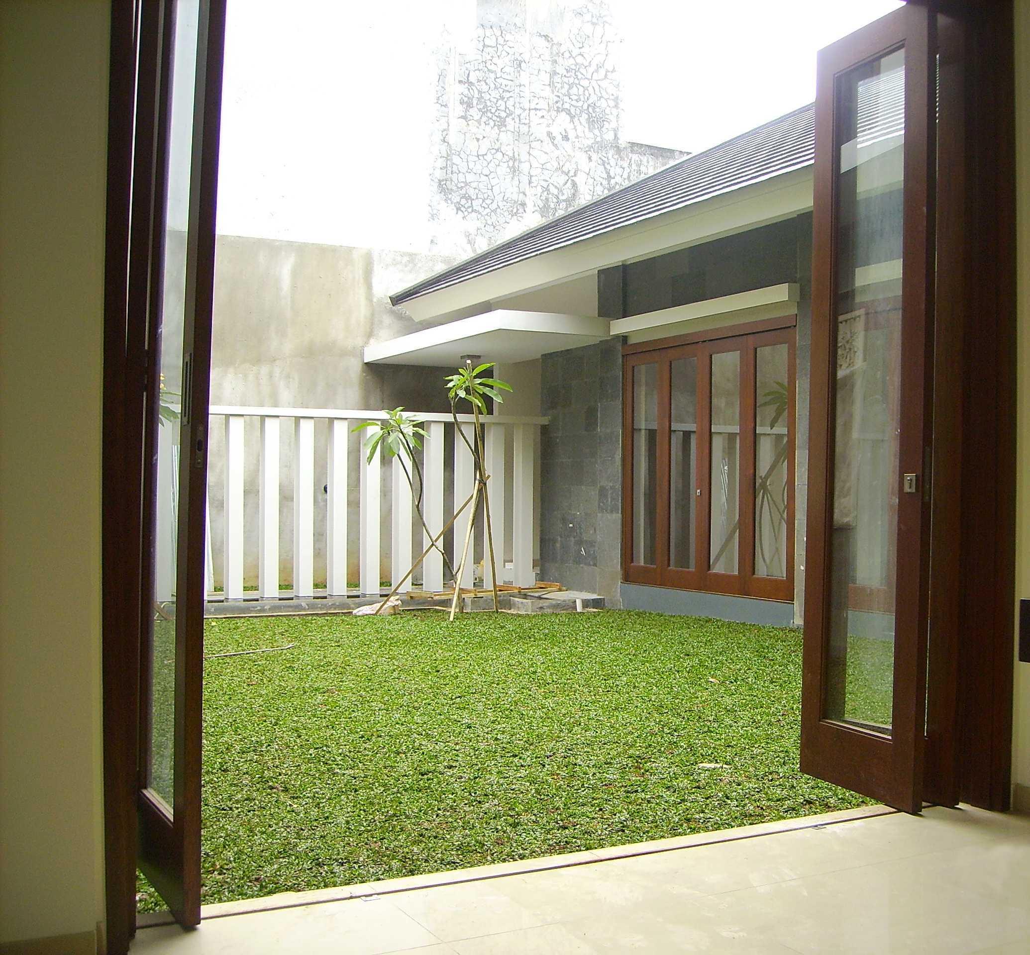 Kurniadi Sugiarta Modern Land Dl Modern Land, Tangerang Modern Land, Tangerang Cente Rbreath Garden Modernland Tradisional,tropis,modern  22210