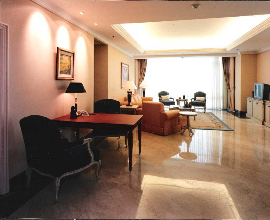 Kurniadi Sugiarta Four Season Apartment Jakarta Jakarta Through Living Area Kontemporer  22658