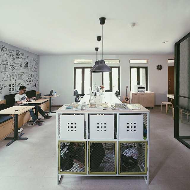 Soseki Design Studio Rack Digital Jakarta Jakarta Rack-Digital-1-4 Industrial  24165