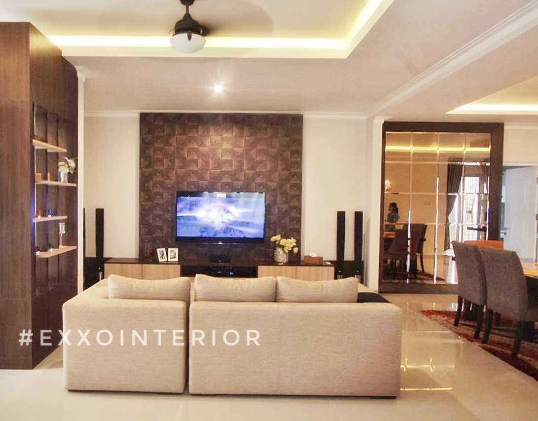 Exxo Interior Residence @ Somerset Kota Wisata Cibubur Cibubur Living Room  Living Room 25777