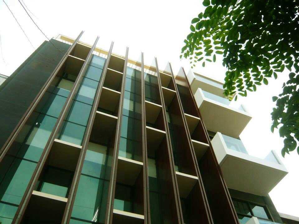 Simple Projects Architecture Pb131 Office Jl.perak Barat 131, Surabaya - Indonesia Jl.perak Barat 131, Surabaya - Indonesia Exterior   21667
