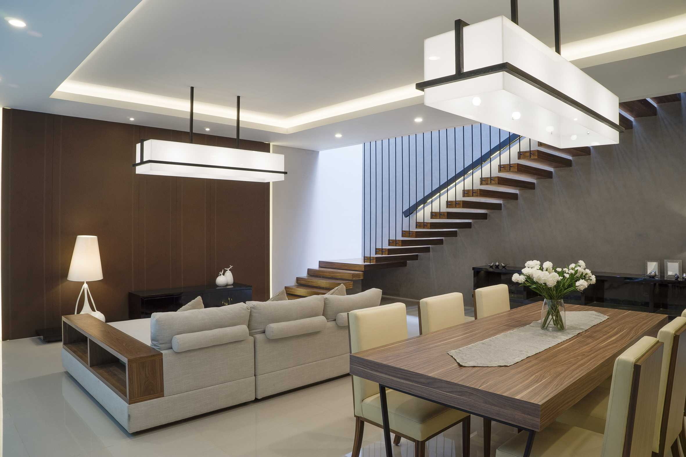 """Simple Projects Architecture """"s"""" House Pakuwon Indah, Surabaya - Indonesia Pakuwon Indah, Surabaya - Indonesia Living & Dining Room   32987"""
