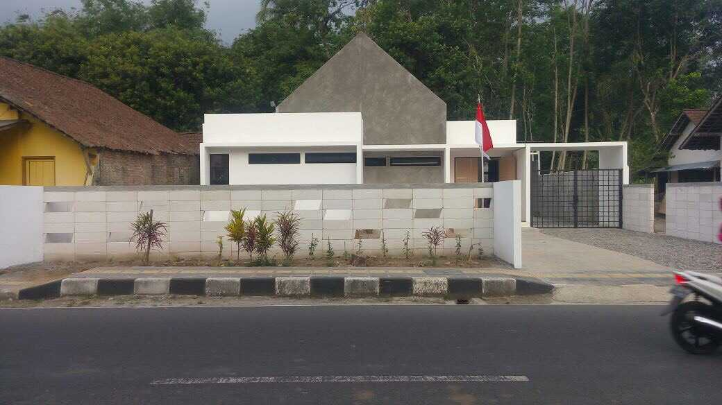 Duatitik Architecture Rumah Magelang Magelang, Jawa Tengah, Indonesia Magelang, Jawa Tengah, Indonesia Img2022 Modern  37744