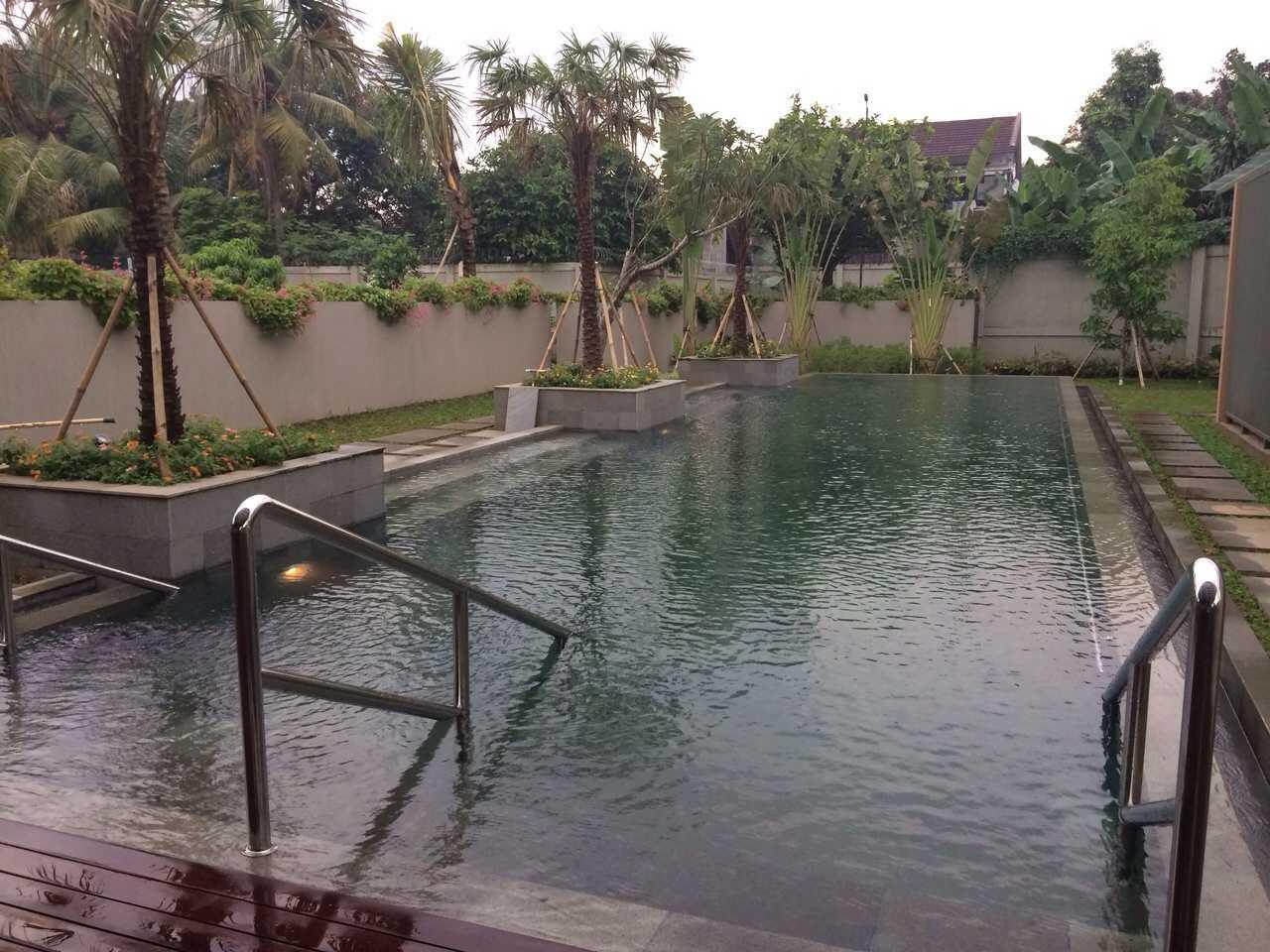 Pt. Garisprada Lebak Bulus Residence Lebak Bulus, Cilandak, South Jakarta City, Jakarta, Indonesia Lebak Bulus Swimming Pool Tropis  21871