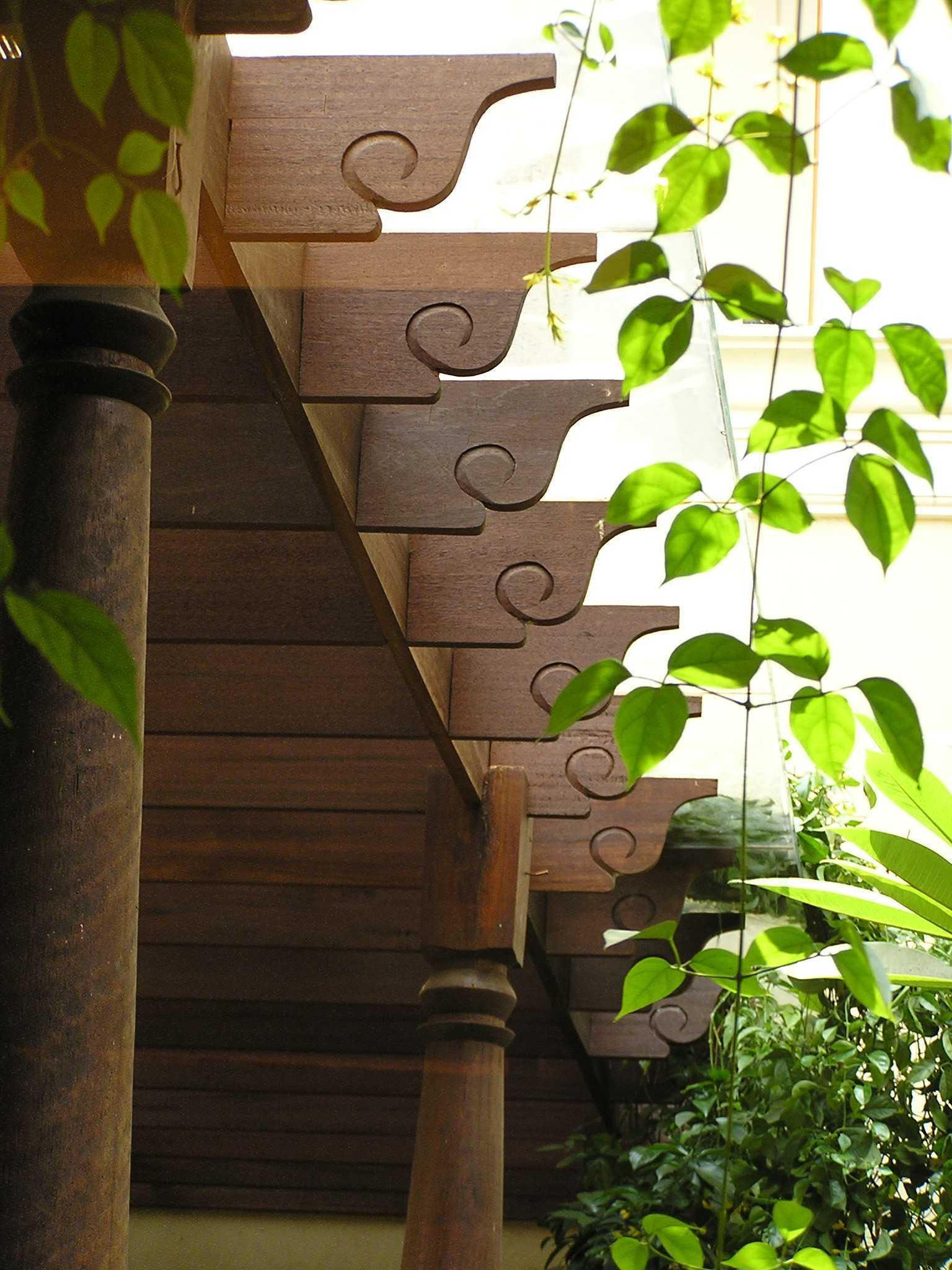Pt. Garisprada Metro Kencana Residence Pondok Pinang, Kebayoran Lama, South Jakarta City, Jakarta, Indonesia Pondok Indah Exterior Detail Tropis  22260