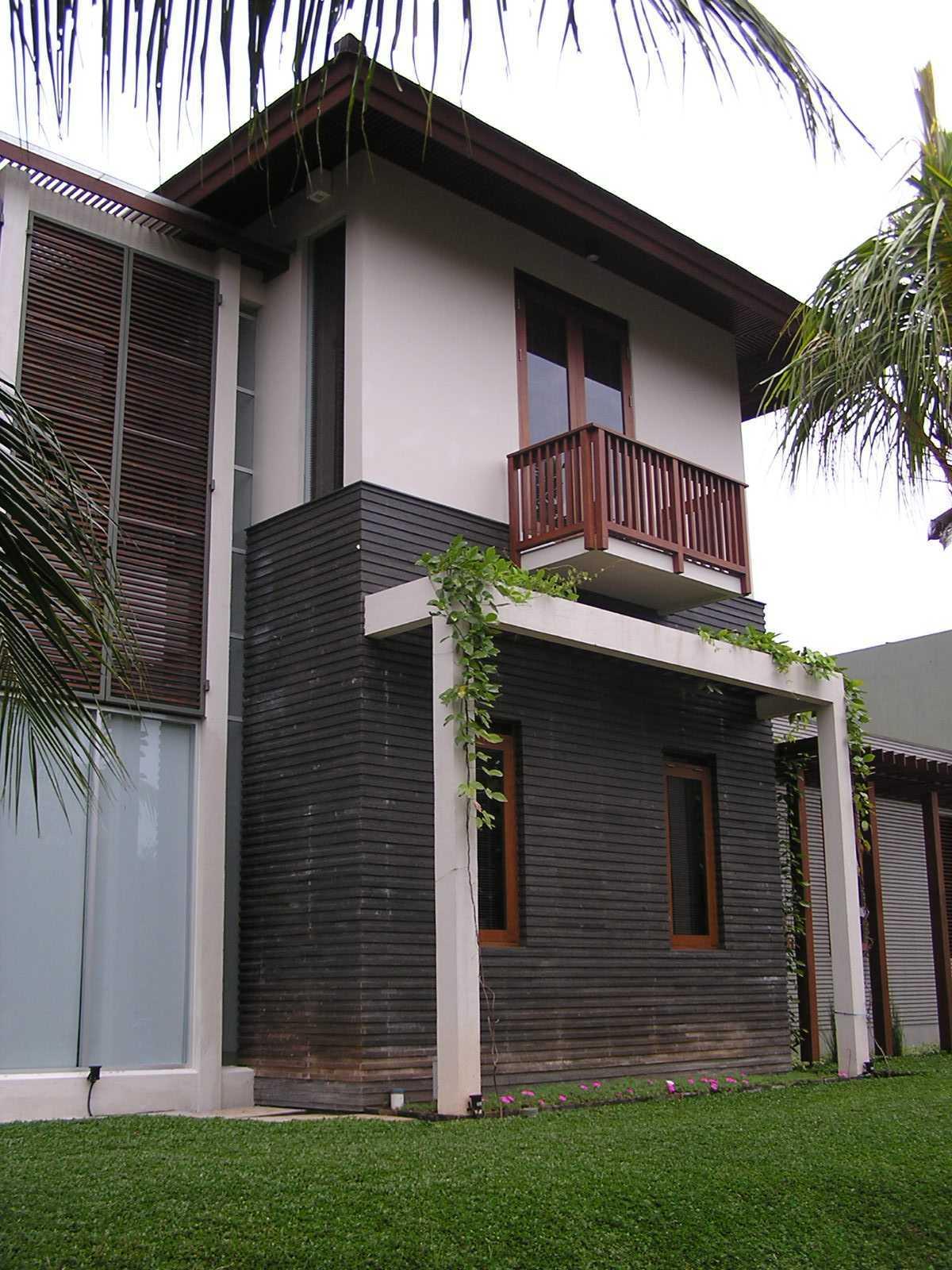 Pt. Garisprada Bintaro Residence Bintaro, Pesanggrahan, South Jakarta City, Jakarta, Indonesia Bintaro P1145539 Tropis  22380