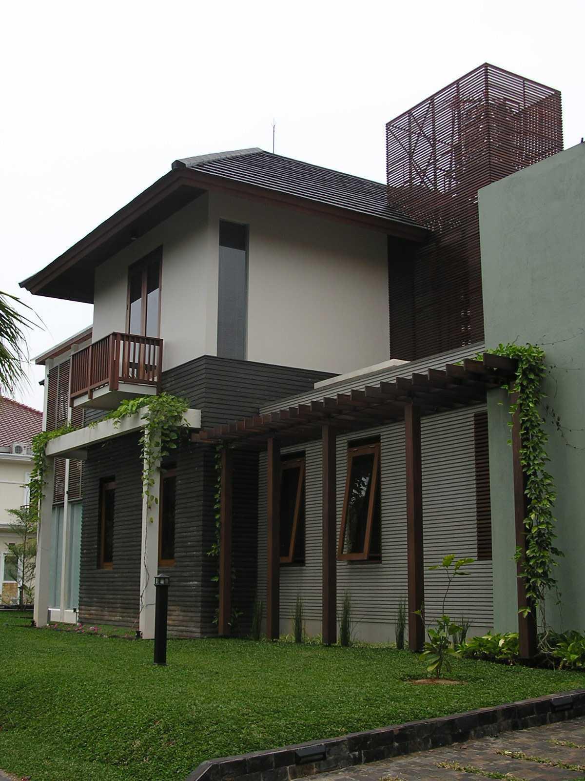 Pt. Garisprada Bintaro Residence Bintaro, Pesanggrahan, South Jakarta City, Jakarta, Indonesia Bintaro P1145553 Tropis  22382