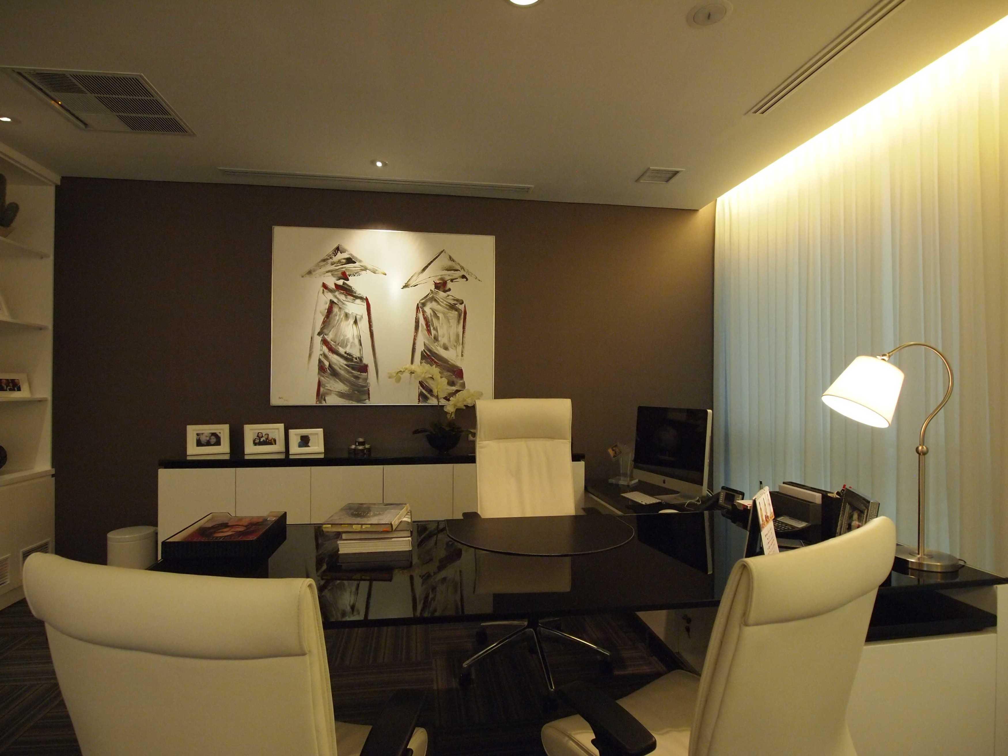 Pt. Garisprada Risjardson Karet Karet Office Room Modern <P>Directors Room</p> 25732