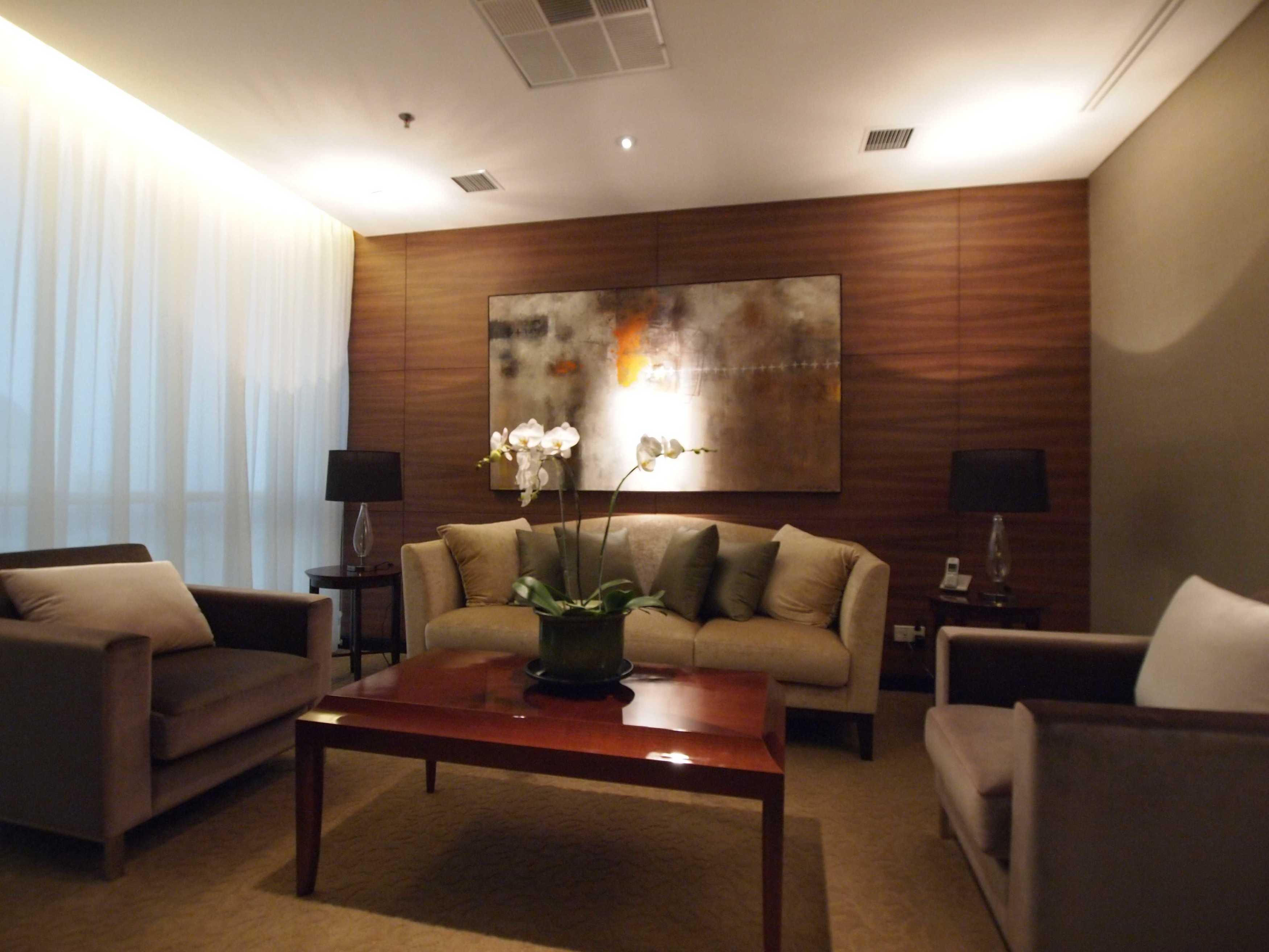 Pt. Garisprada Risjardson Karet Karet Lounge Modern <P>Guest Lounge.</p> 25733