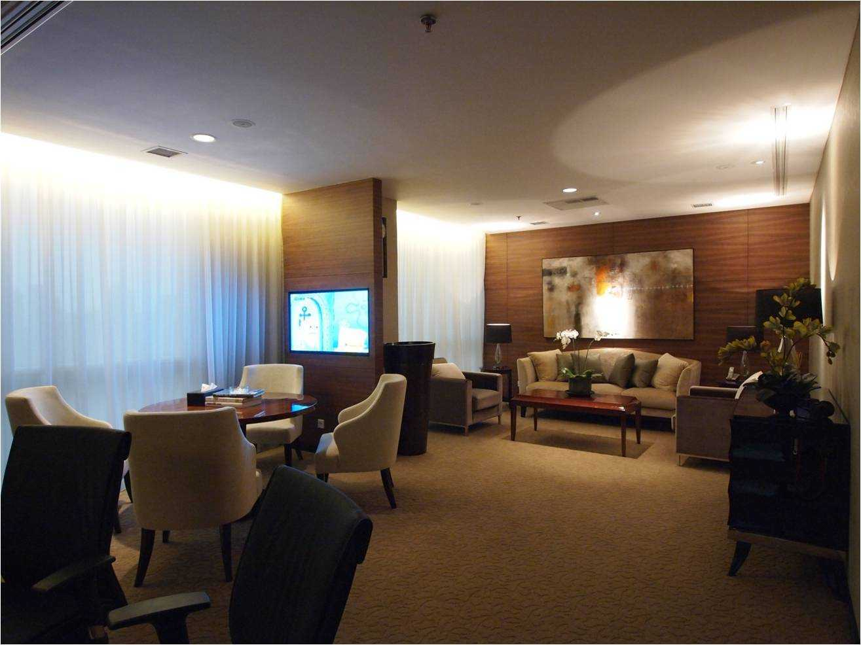 Pt. Garisprada Risjardson Karet Karet Picture5 Modern <P>Lounge At Ceo Room</p> 25740