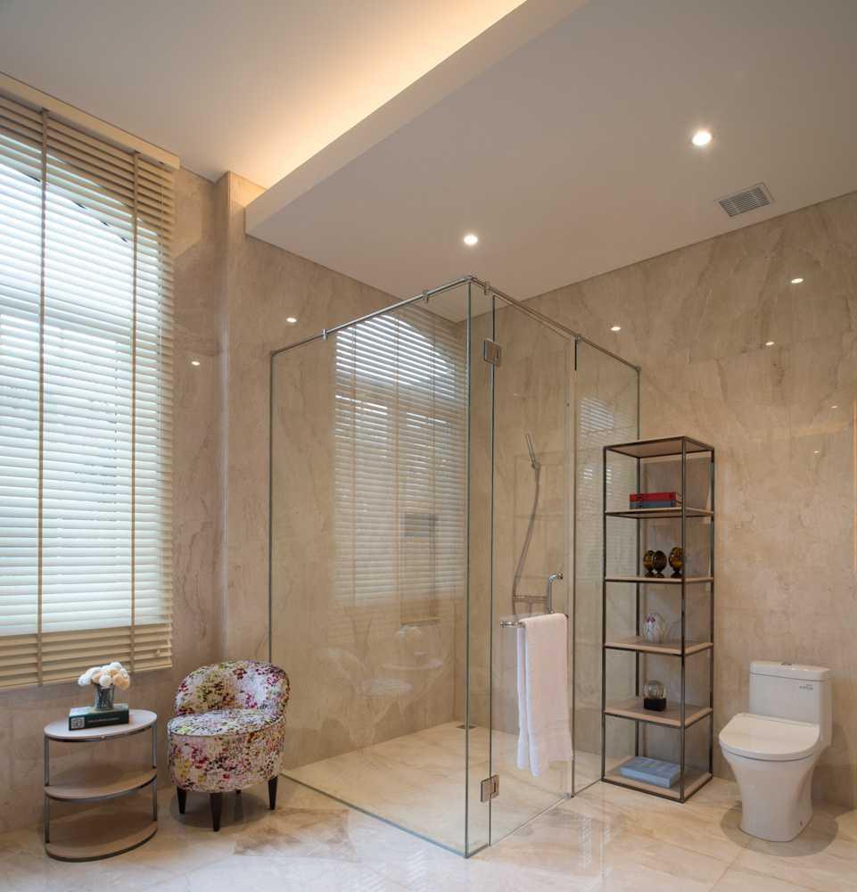 Monoarch Rumah Tinggal Permata Hijau Permata Hijau, Jakarta Permata Hijau, Jakarta Bathroom Klasik  21836