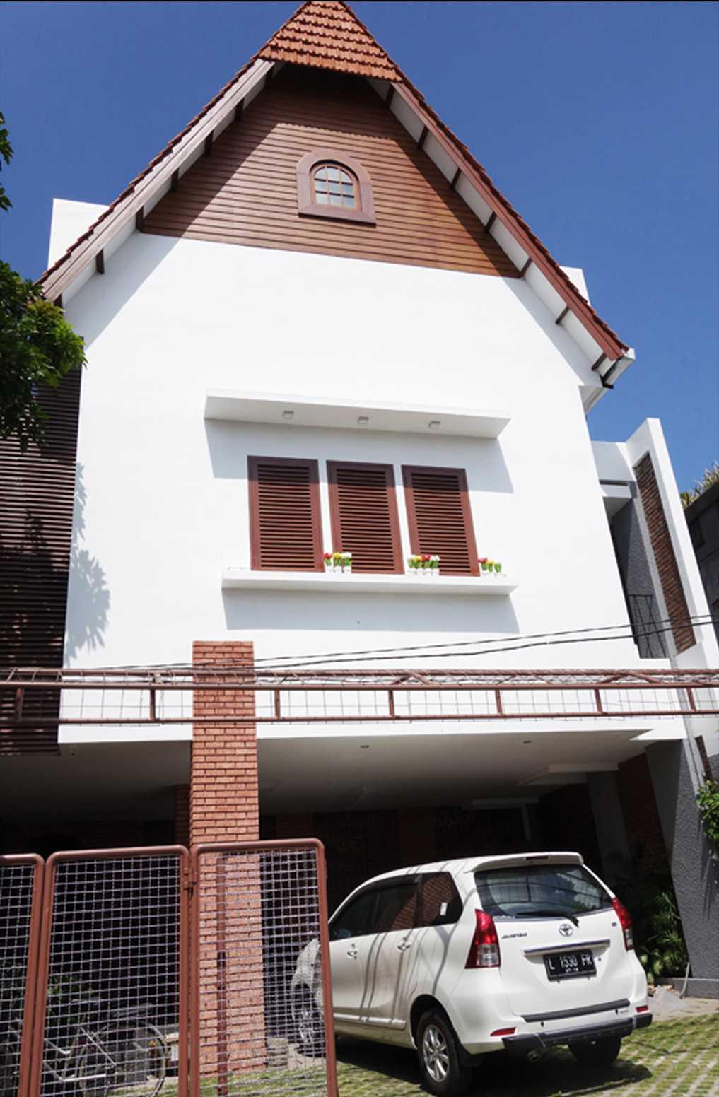 Bral Architect Sabaya House Surabaya City, East Java, Indonesia Surabaya Facade Klasik  24888