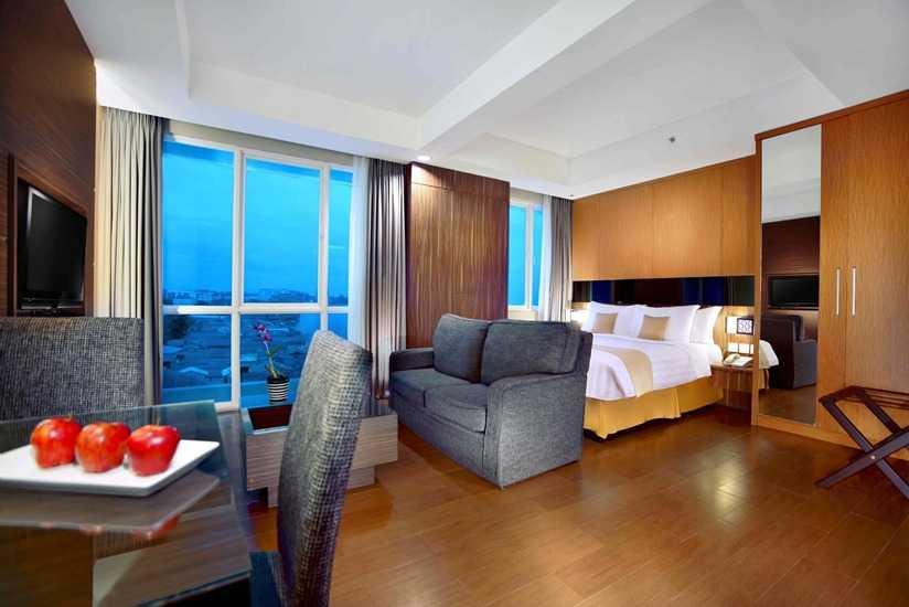 Indra Gunadi Aston Hotel & Apartment Balikpapan Balikpapan, Balikpapan City, East Kalimantan, Indonesia Balikpapan Hotel Room Modern  24885
